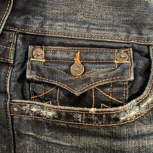 True Religion Jeans - Men's 38. TRUE RELIGION. Relaxed straight leg.